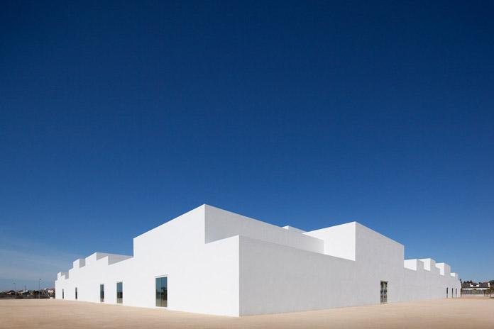 Minimalist school design by Aires Mateus.
