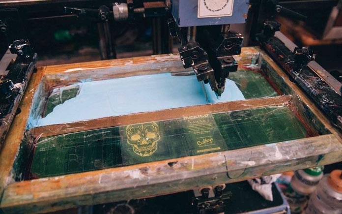 Screen printing.