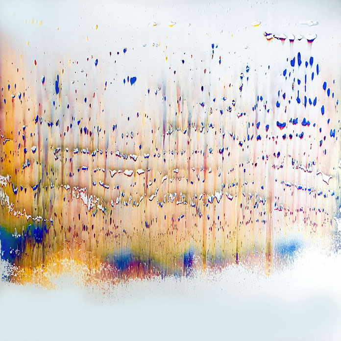 Pearl drop – abstract artwork by Isabelle Beaubien.