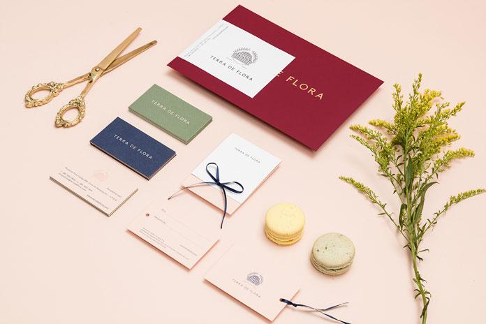 Terra de Flora branding by Parámetro Studio.