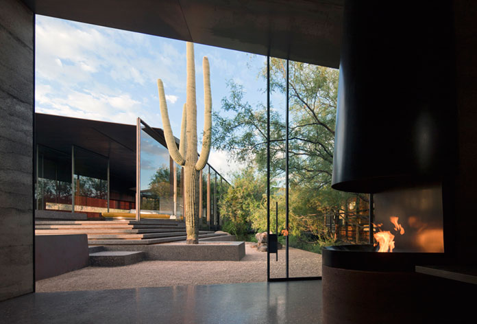 Private residence in the Sonoran desert of Arizona.