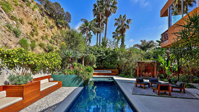 A luxurious house with pool nestled in the Hollywood Hills.