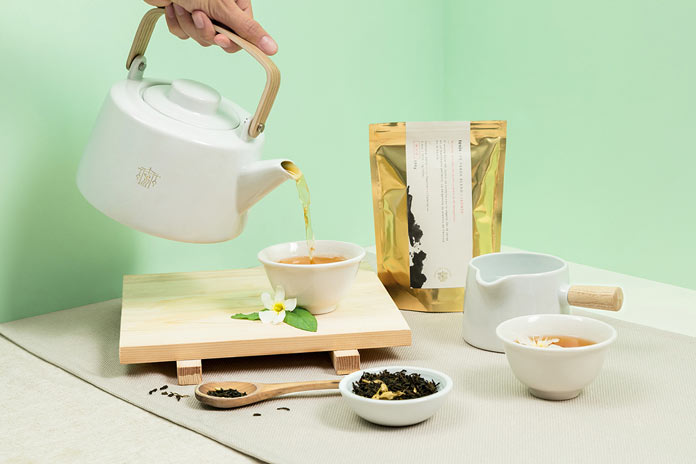 A brand identity inspired by the origins of tea.