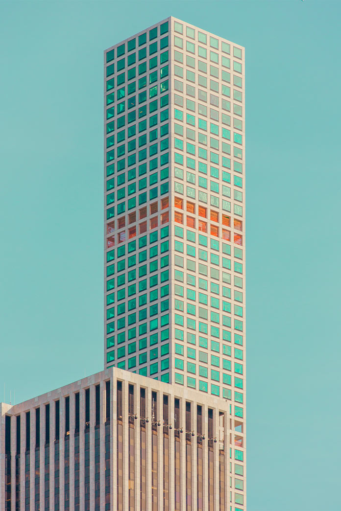 Chroma II – New York City in striking colors.