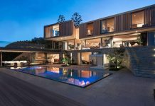 Luxurious dream house in South Africa by SAOTA