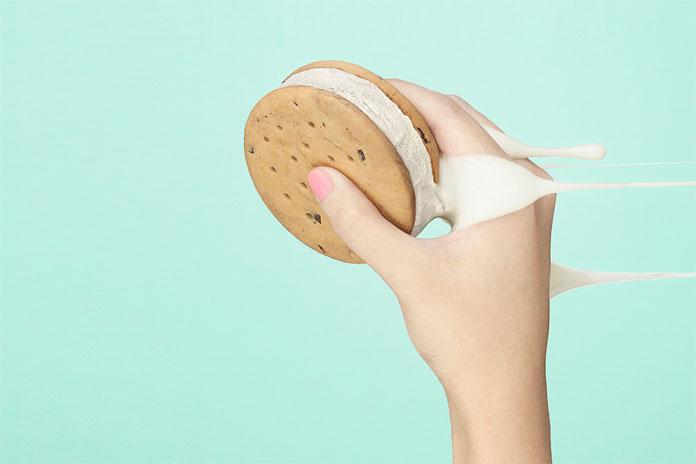 Delicious ice cream cookie.