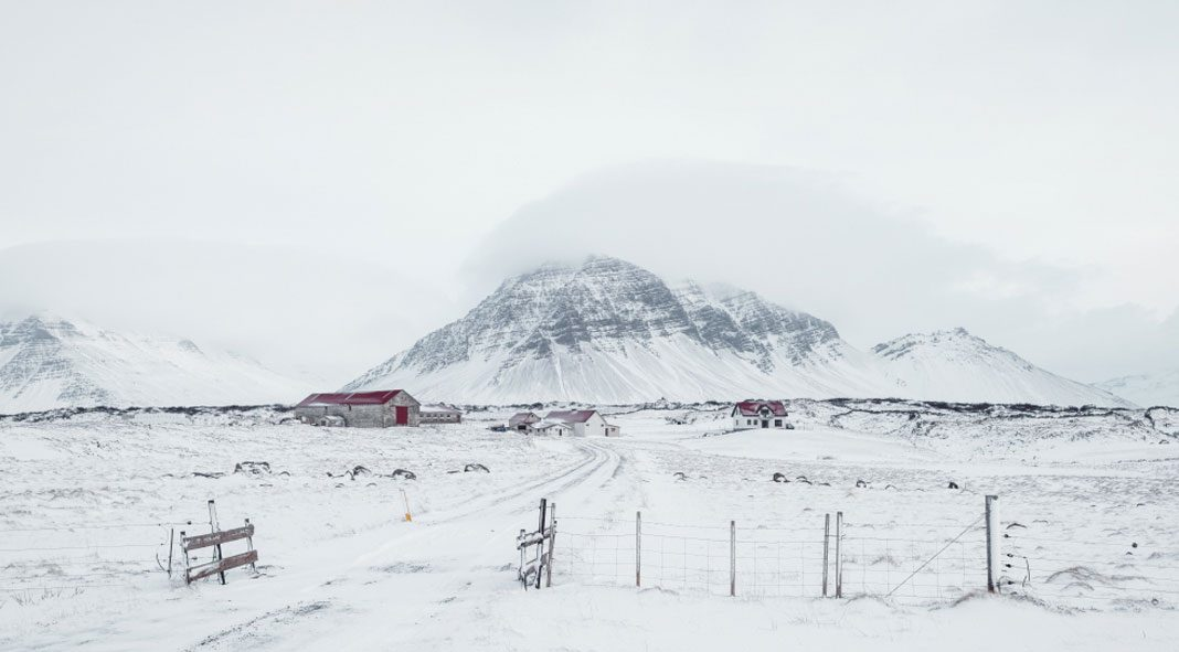 A winter in Iceland – photography by Loic Le Quéré.