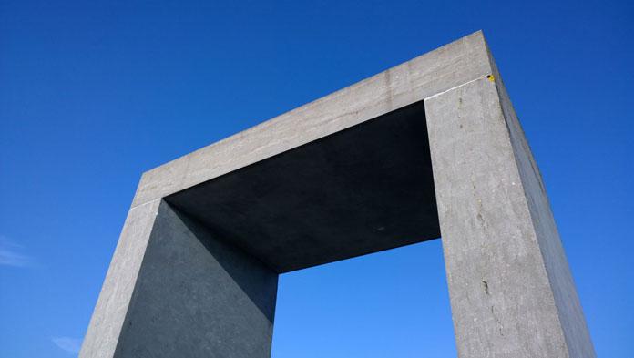 Minimalist architecture shot by Wulf.