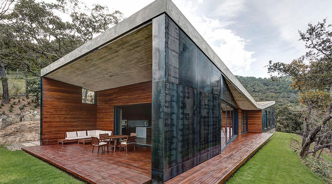Weekend House in Tapalpa, JAL, MX by Elíaszizo Arquitectos
