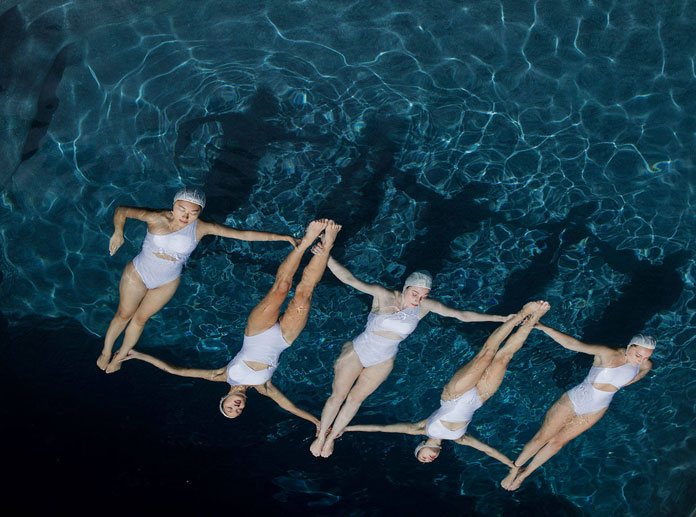 The Swimmers by Emma Hartvig, choreography at a highly professional level.