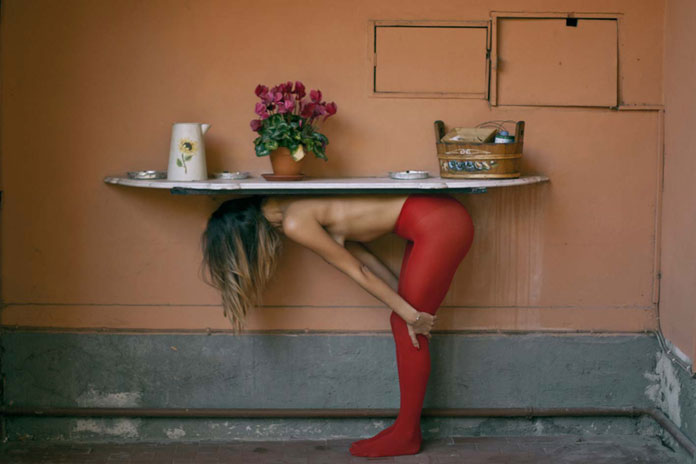 Giuseppe Palmisano Photography, red supporting pillar