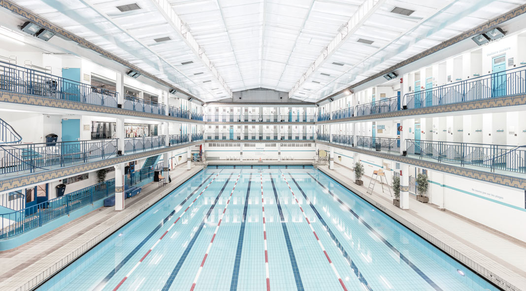 Paris swimming pools photography by ludwig favre for Swimming pool paris