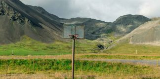 Different views of Iceland captured by Luca Arena.