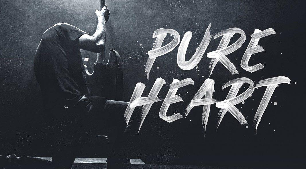 Pure Heart - realistic brush font.