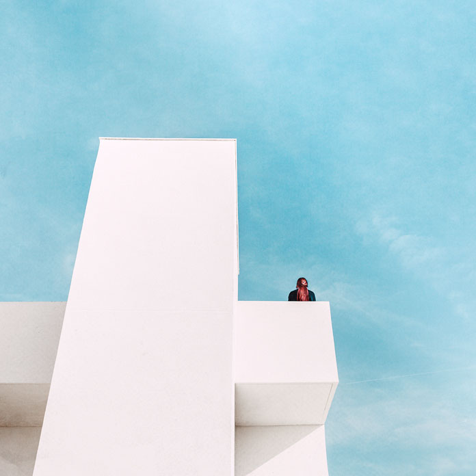 Emilie Möri Photography, Minimalist photography in balance with the architecture.