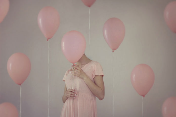 Chiara Lombardi Photography, Pink dress and pink balloon.