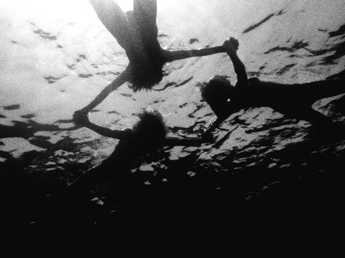 Kate Bellm Photography, Black and white underwater photography
