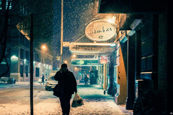 Franck Bohbot Photography, The lanterns give a warm light.