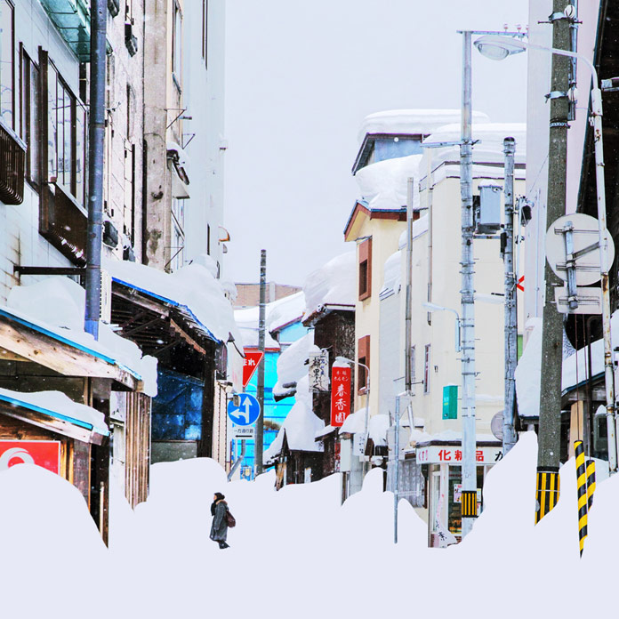 Massive snow in the city of Abashiri.