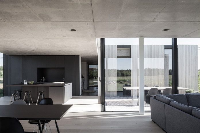 CASWES house in Belgium by TOOP Architectuur