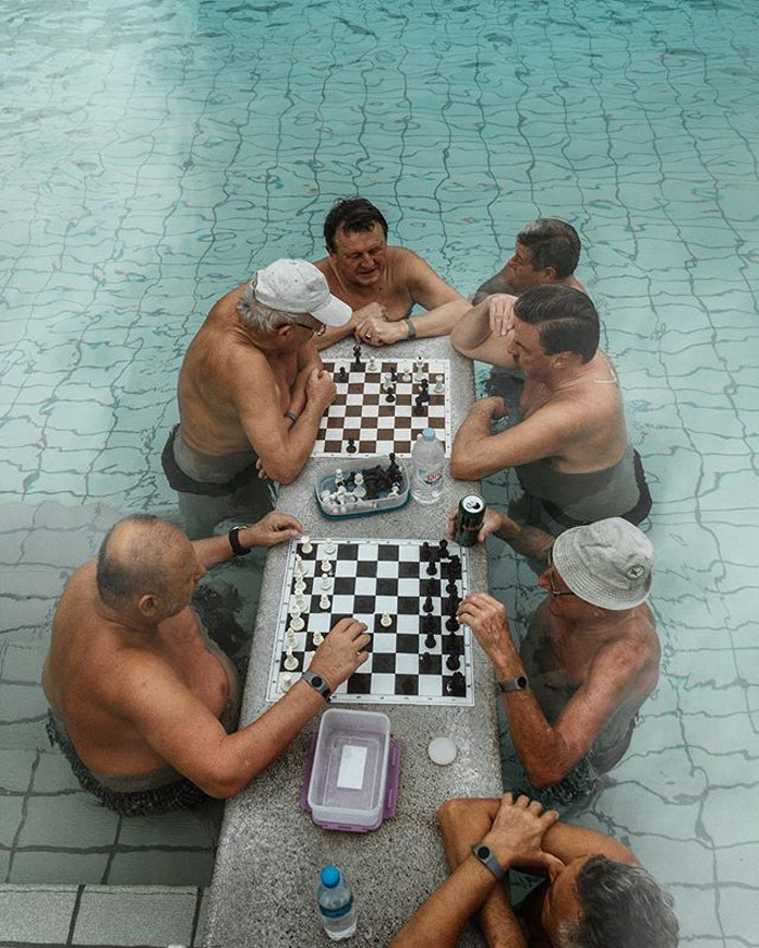 Playing chess in Budapest - Vasjen Katro Photography