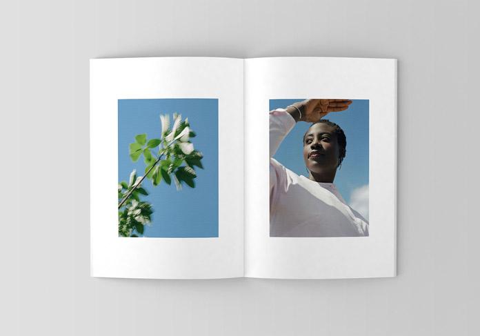 Open brochure