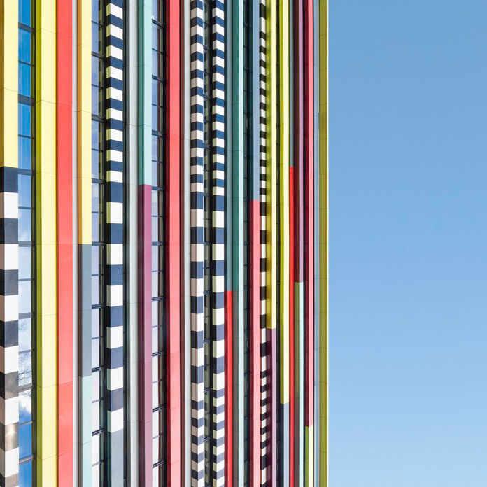 Minimalist architectural photography by Kevin Krautgartner.