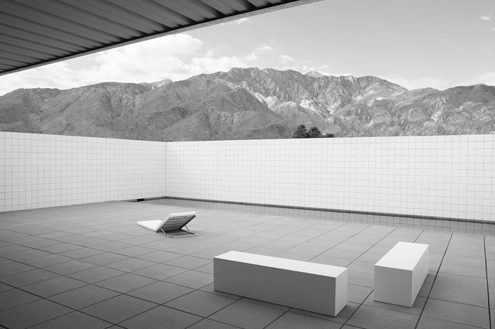 Desert House in Palm Springs, California by Jim Jennings Architecture.
