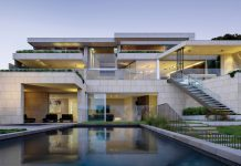 Mosman house in Sydney, Australia by SAOTA.
