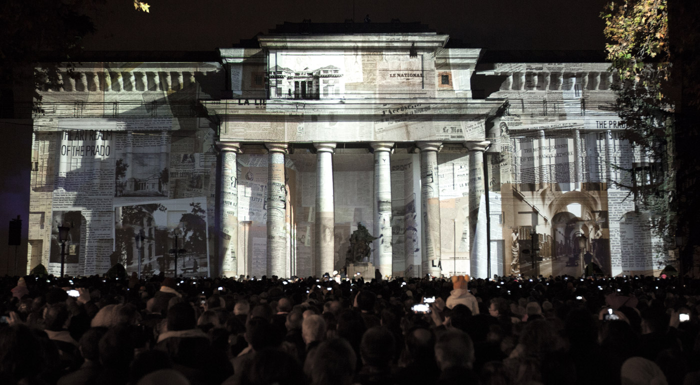Newspapers - Prado Museum's Bicentenary - 3D Projection Mapping by Onionlab