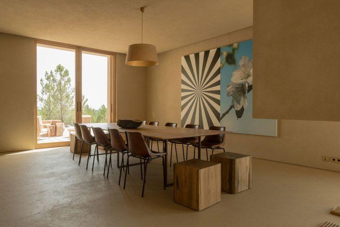 Melides residence by architecture firm Esteva i Esteva