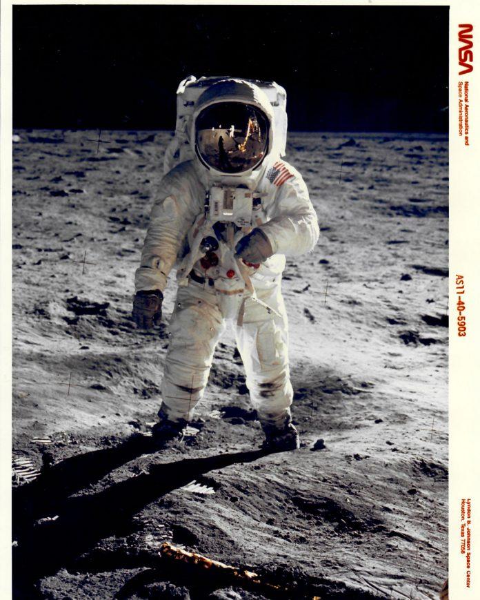 NASA Photo Archive