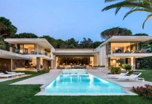 Le Pine, a family home in Saint Tropez, France designed by SAOTA