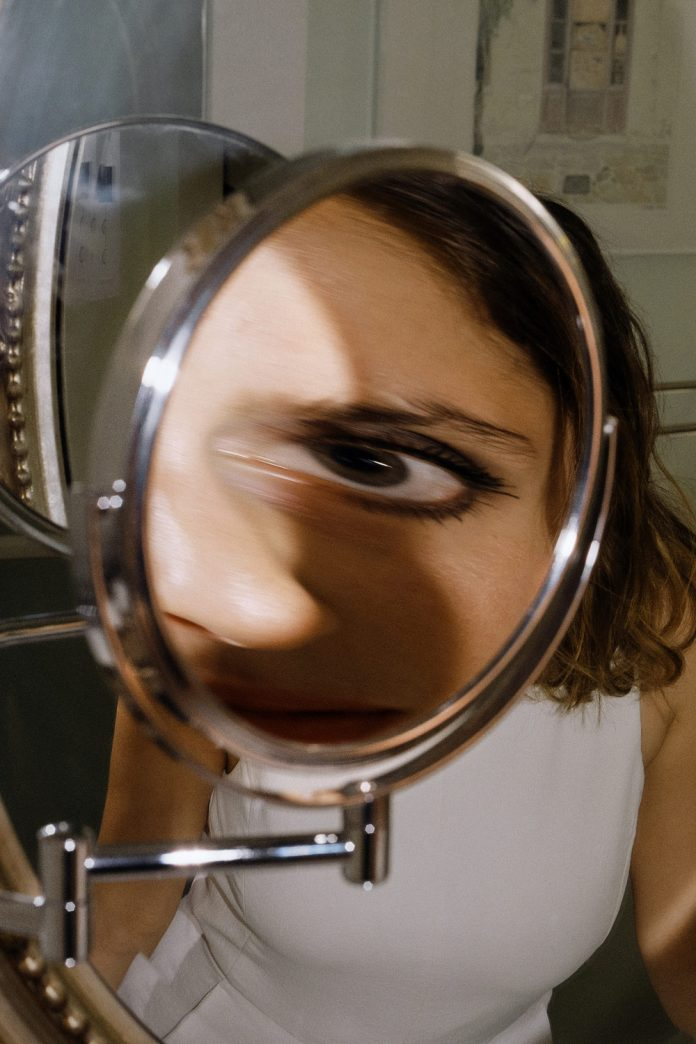 Natalie and the Distorting Mirror, 2018