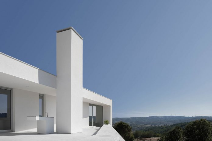 House in Lamego by architect António Ildefonso.