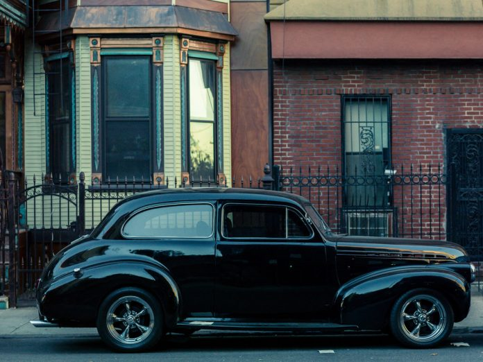 PARKED CARS photography by Franck Bohbot.