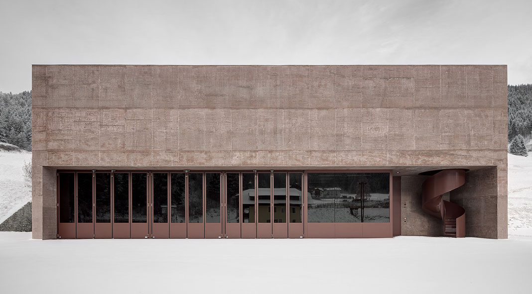 Fire department in Vierschach by Pedevilla Architects.
