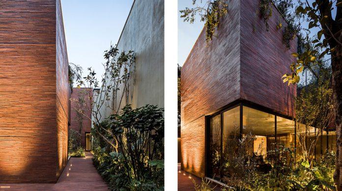 Casa Sierra Fría by interior design and architecture firm Esrawe Studio.