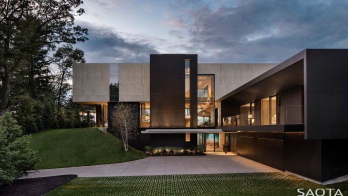 SAOTA designs a Canadian home on the banks of Lake Huron.