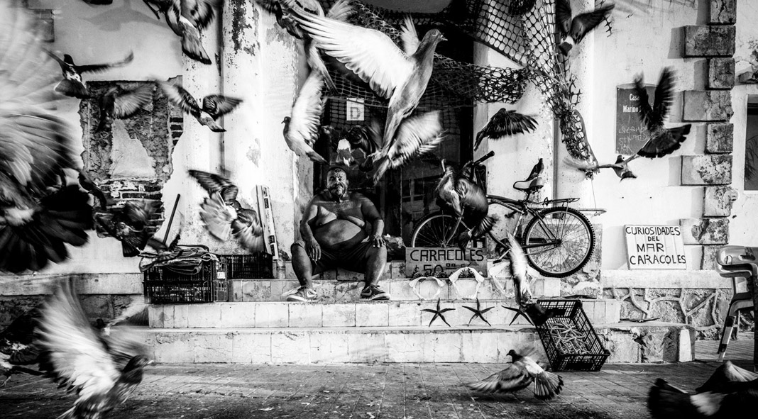 Mexico 2020: black and white street photography by Matt Mawson.