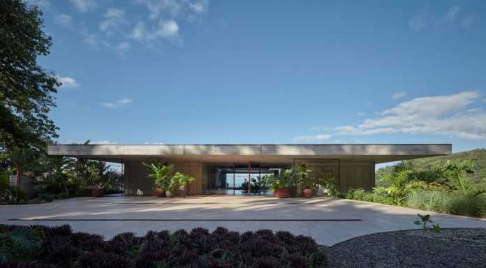 A luxury concrete villa designed by architecture studios Formafatal and Refuel Works for ArtVillas Costa Rica.