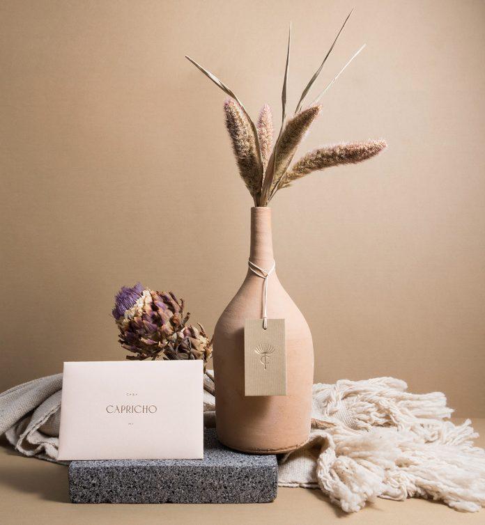 Casa Capricho branding by Estudio Albino.