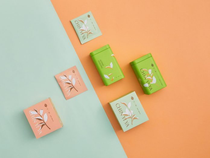 Packaging design by Aaoo Studio for the Chin Yi Ya Tea shop.