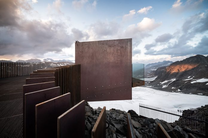 """""""Ötzi Peak 3251m"""", a new observation deck on the Schnals Valley Glacier designed by noa* network of architecture."""