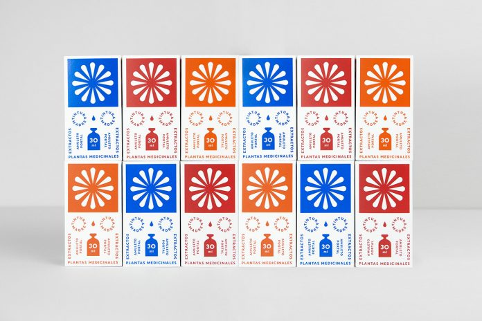 Brand and packaging design by studio Un Barco for Amuleto Portal.