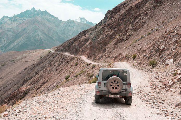 M41 (Pamir Highway) travel photography by Øystein Sture Aspelund.