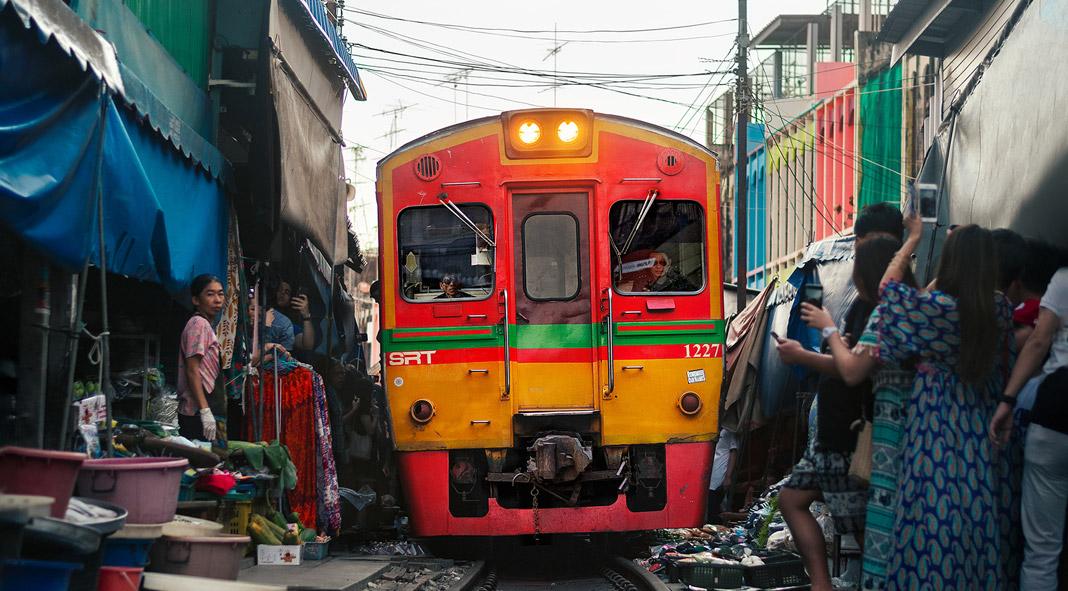 The Maeklong railway market in Bangkok photographed by Ashraful Arefin.
