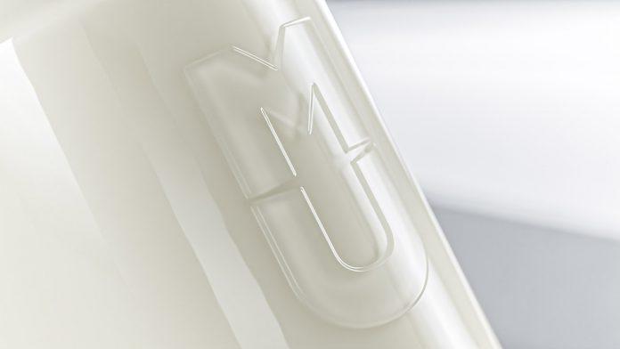 MU, Irish cream liqueur branding and packaging Studio Unbound.
