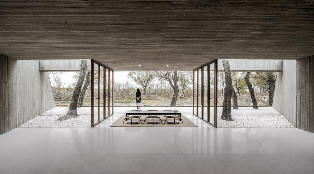 Waterside Buddhist Shrine in China by Archstudio
