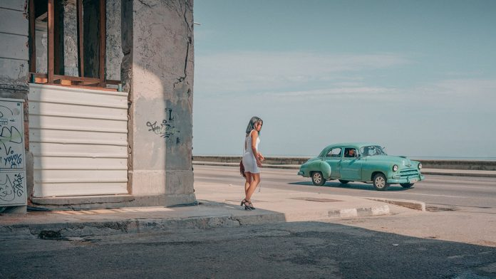 Cuba street photography by Vincent Versluis